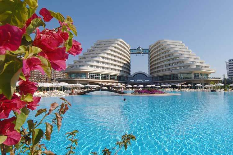 Ultra all inclusive 5 sterren Hotel Miracle Resort